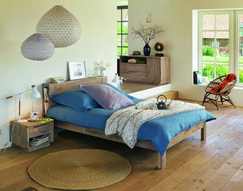 Amazing tips to revamp bedroom in a budget.
