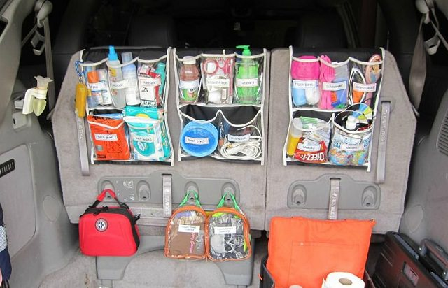 1437579442-1429206954-backseat-organizers-de