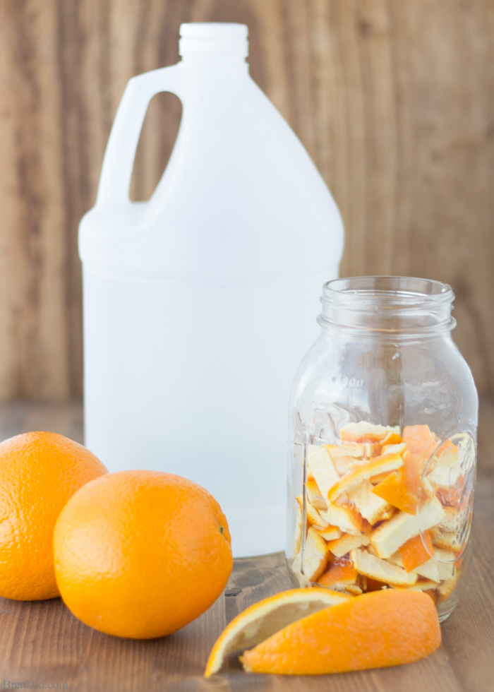 Vinegar is one of the best cleaning products, although it doesn't smell good. But if you add orange with it becomes an amazing combination. Check out this Orange Vinegar recipe to find more!