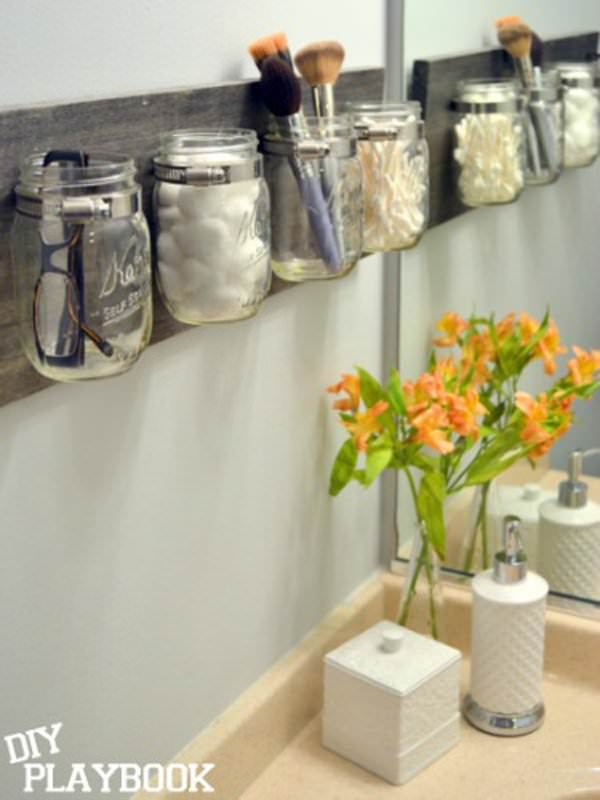Arranging A SMALL Bathroom In Order And Keeping All Essential Items And  Bathroom Products There Can