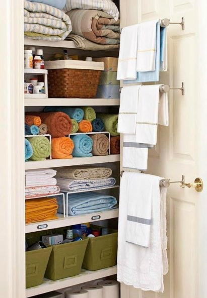 Most of us don't have a large linen closet so it's not really easy to just stuff things in there. So, have you ever wondered how your small linen closet can become organized and spacious? Must see these 8 tips to find out how!