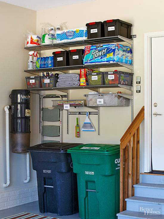 Have a disorganized, cluttered or chaotic home that eats up all the space you have? Must see these organizing makeovers.