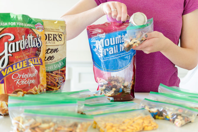 Learn about these practical and creative school lunch box ideas for kids. These lunchbox hacks are easy and genius and the most important thing-- The Kids will love them!