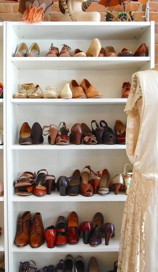 Whether your closet is big or small, you'll need to know some closet organization hacks to clean and organize everything!