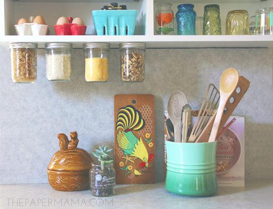 storage-jars-in-kitchen